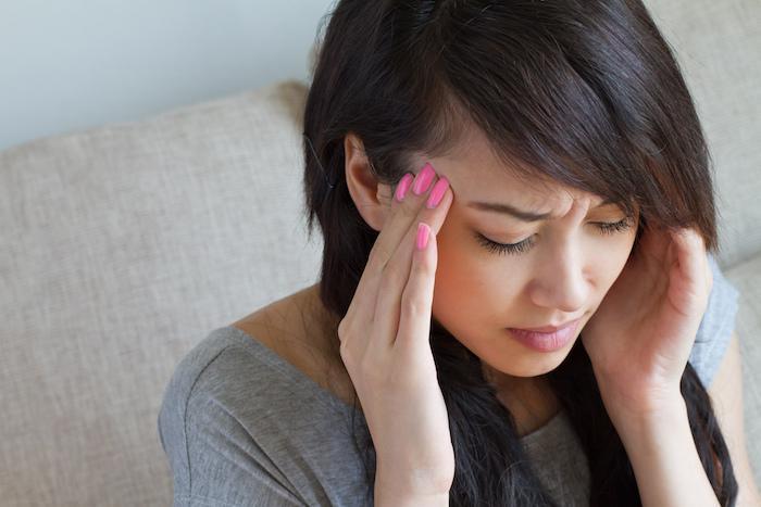 原因不明の頭痛には霊障が関係しているケースも。(神様を愛する事で治る。)